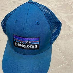 Patagonia truckers cal